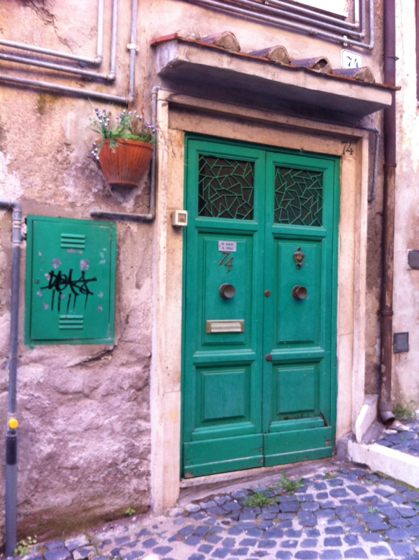 puerta tivoli