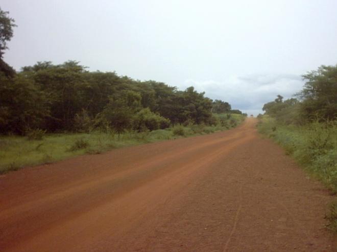 2006_08_07 - 04 - En el camino - Pais Bassari - (Senegal)