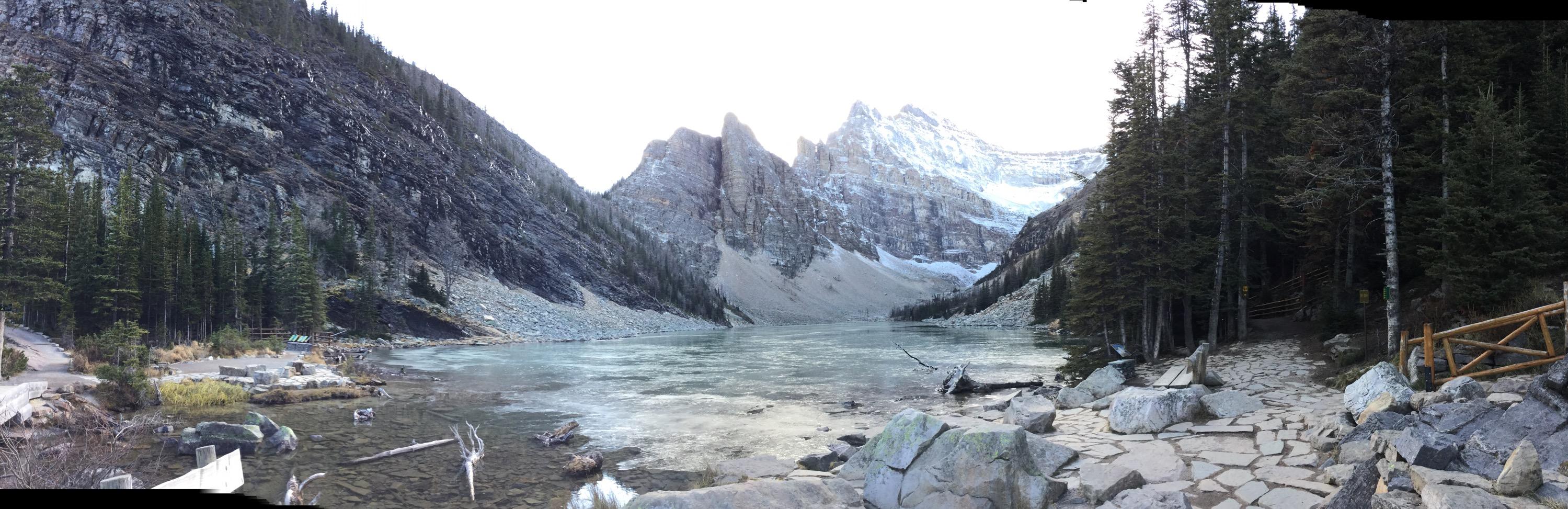 lago agnes en Lake Louise